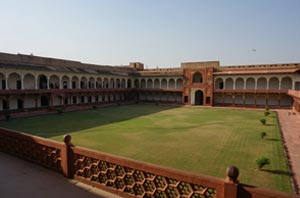 agra-fort-rouge-2