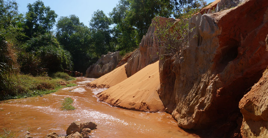 Mui-Ne-vietnam-source-aux-fees-