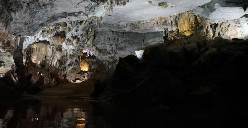 grottes-phong-nha-1