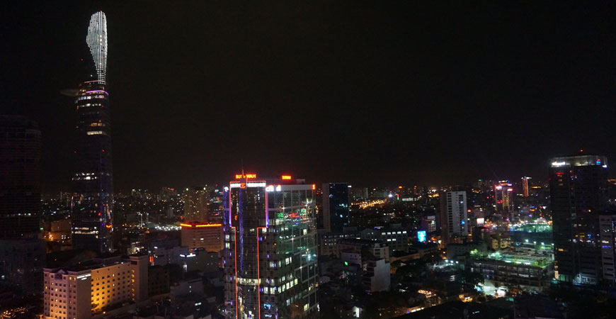 ho-chi-minh-ville-cocktail-hotel-sheraton-vue-imprenable-