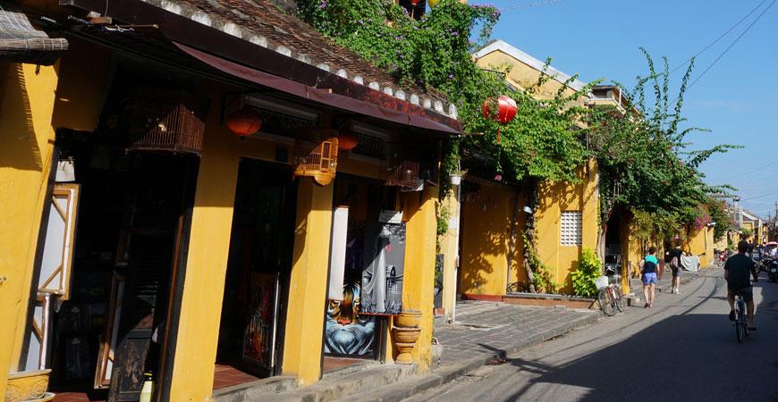 ruelles-hoi-an-vietnam