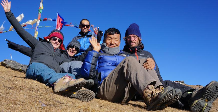 trek-nepal-pikey-peek-equipe
