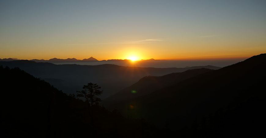 trek-nepal-pikey-peek-sunrise