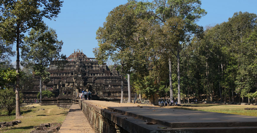 angkor-temple-baphuon-