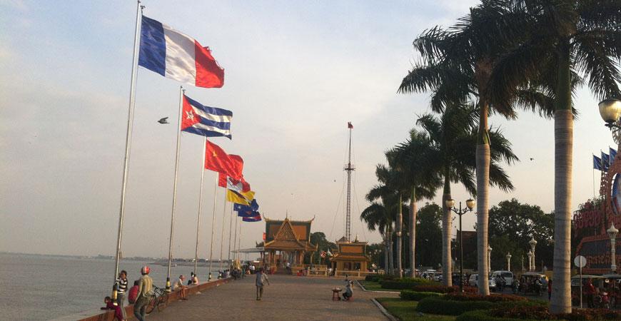 phnom-penh-quai-sisowath
