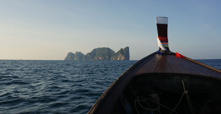 koh-phi-phi-ley-boat-trip-long-tail
