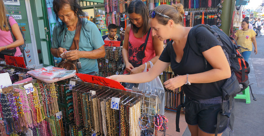 bangkok-khaosan-road-vendeurs