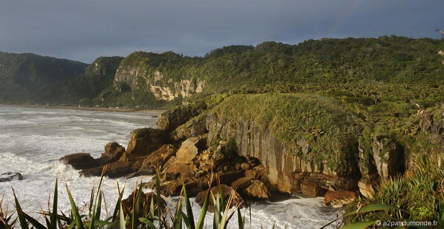 roadtrip-nouvelle-zelande-ile-sud-pancakes-rocks-blowholes-