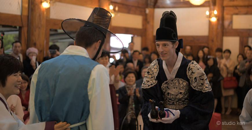 voyage-coree-du-sud-daejon-mariage-traditionnel-jeehee-thibault-ceremonie