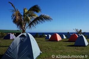 voyage-ile-de-paques-camping-mihinoa-tente