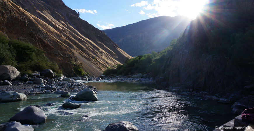 trek-canyon-colca-llahuar-riviere