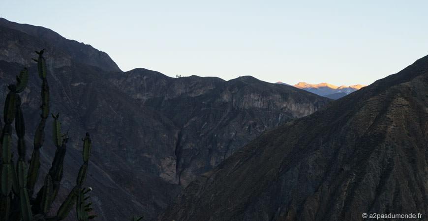 trek-canyon-colca-sangalle-cabanaconde-sunrise