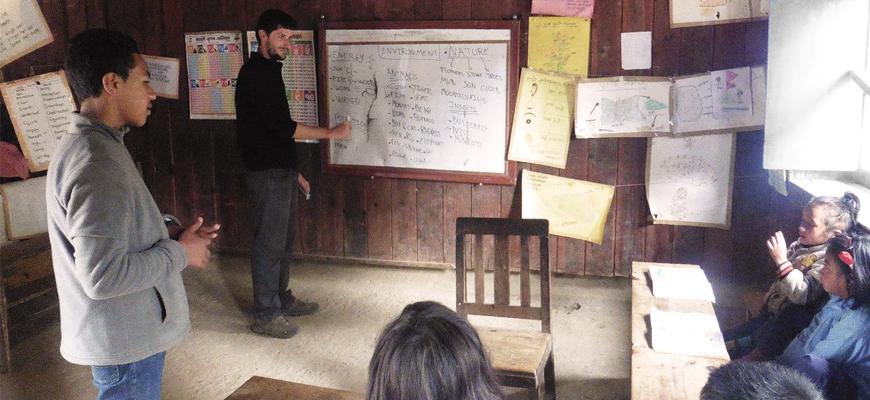 voyage-humanitaire-nepal-ecole-chulemu-enfants