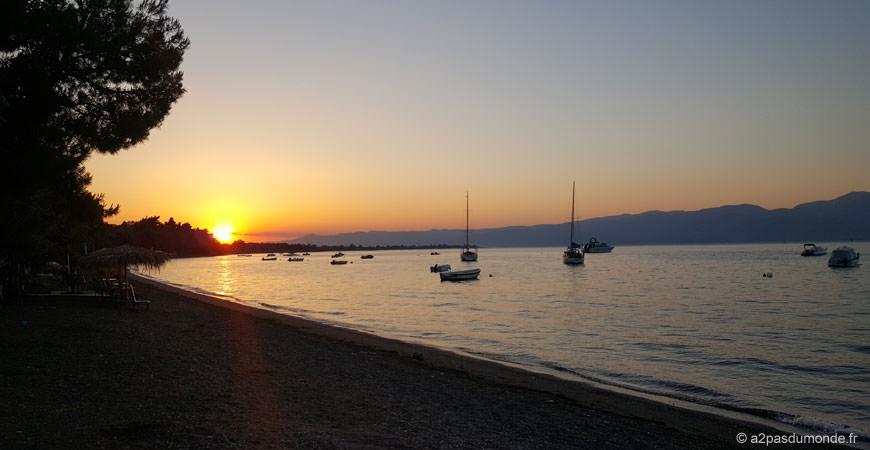 voyage-grece-sunset-kamena-vurla