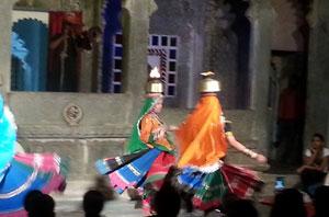 udaipur-rajasthan-spectacle-danse