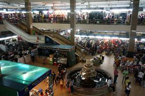 hanoi-roadtrip-vietnam-market