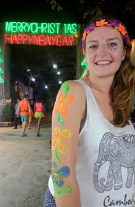 koh-phangan-full-moon-party-2016-peinture-fluorescente