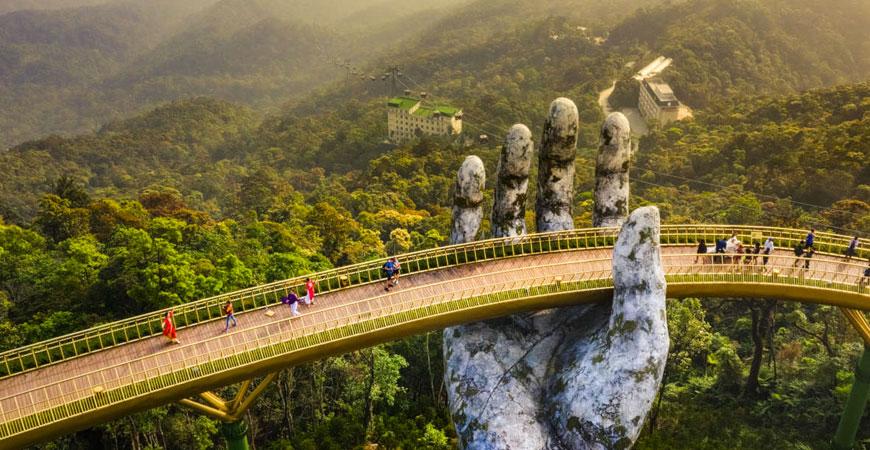 colline-ba-na-pont-main-vietnam