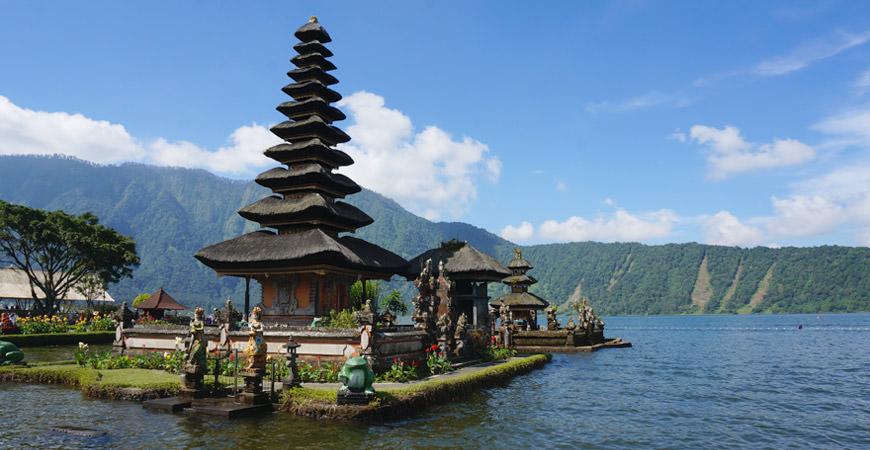 voyage-bali-pura-ulun-danu-beratan-temples
