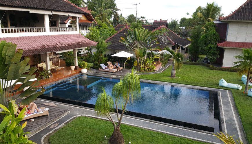 hotel-reve-ubud-B-Saya-Villas-piscine