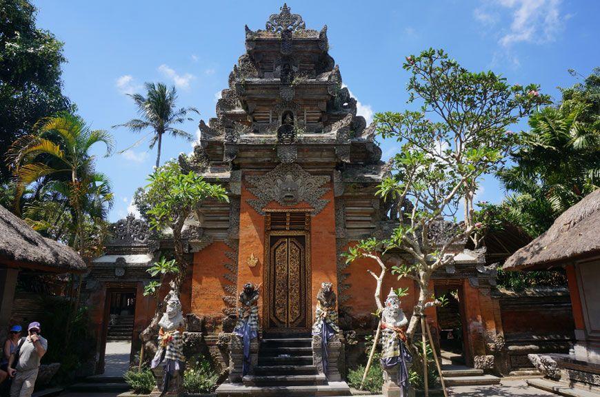 palais-royal-ubud-puri-saren-agung